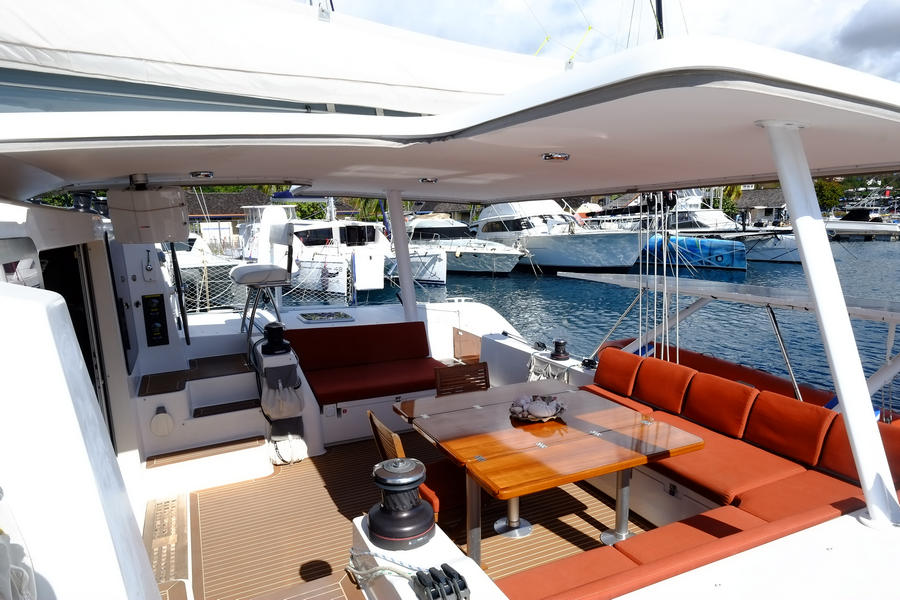 Outremer 5X for sale in Tahiti