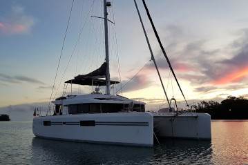 Lagoon 52 for sale in Tahiti