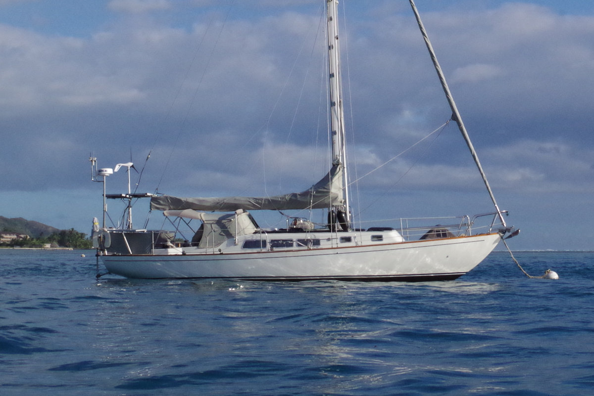 Spencer 42 classic monohull sailboat for sale in Tahiti