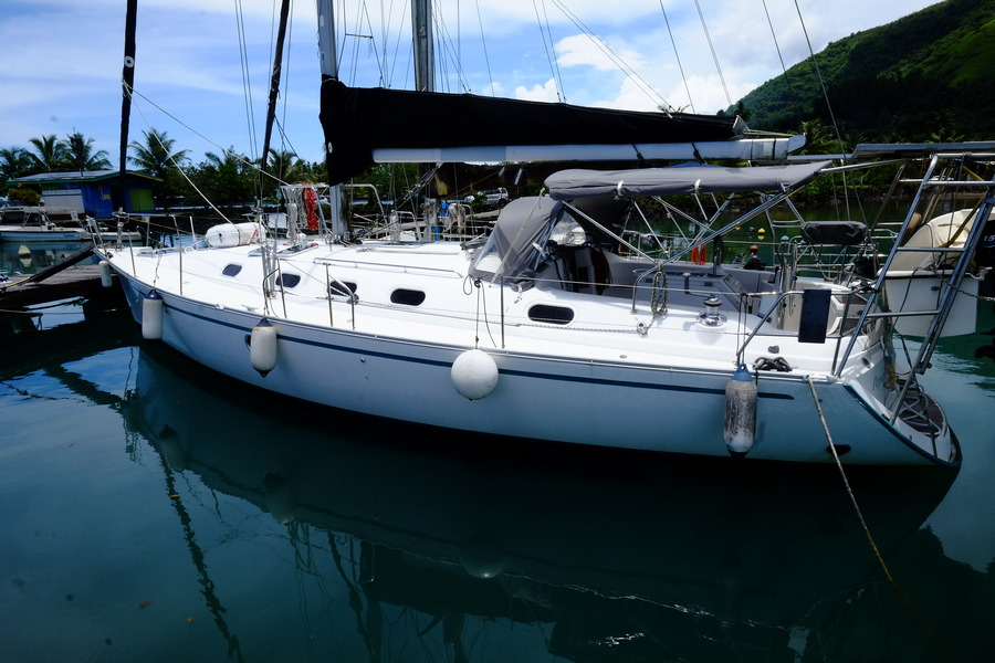 Dufour Gib Sea 433 cruising monohull for sale in Tahiti