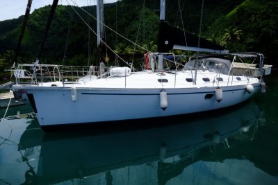 Gib Sea 433 cruising monohull for sale in Tahiti