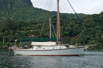 Departure 35 steel hull, classic boat for sale in Tahiti