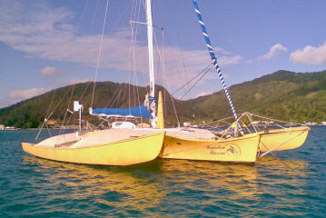 Newick 48 trimaran for sale in Tahiti
