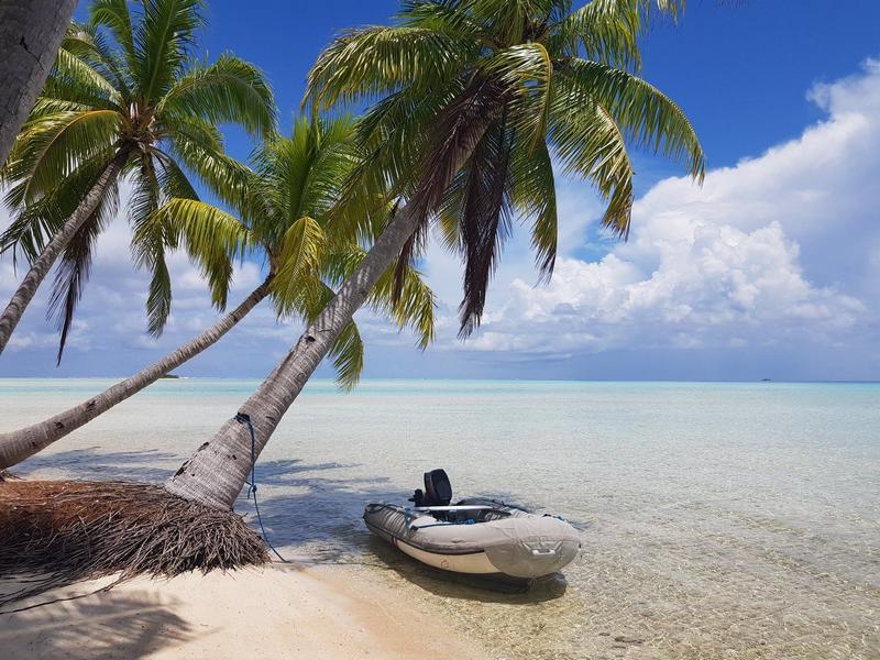 island paradise in fakarava atoll french polynesia
