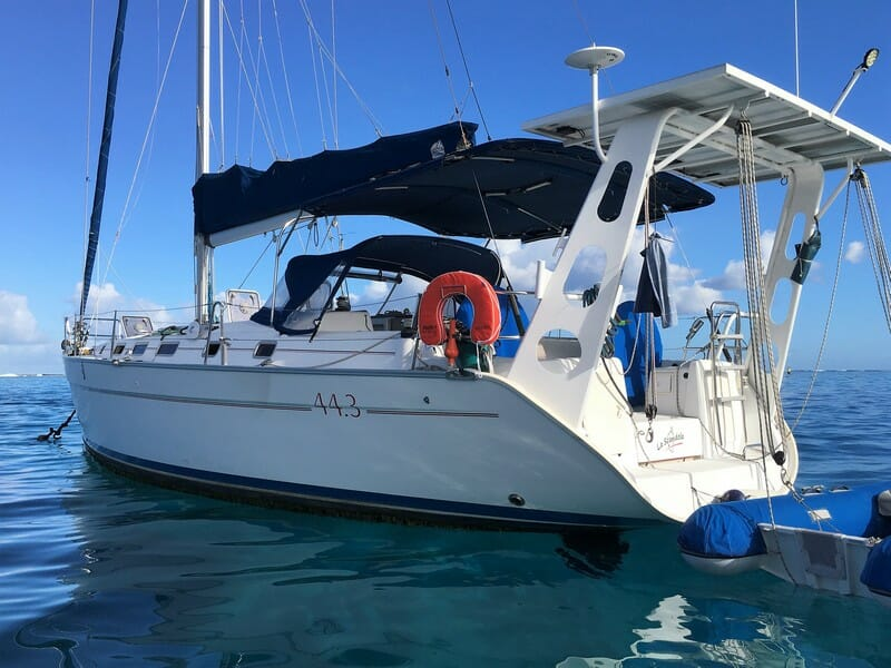 Beneteau Cyclades 43.3 for sale in Tahiti