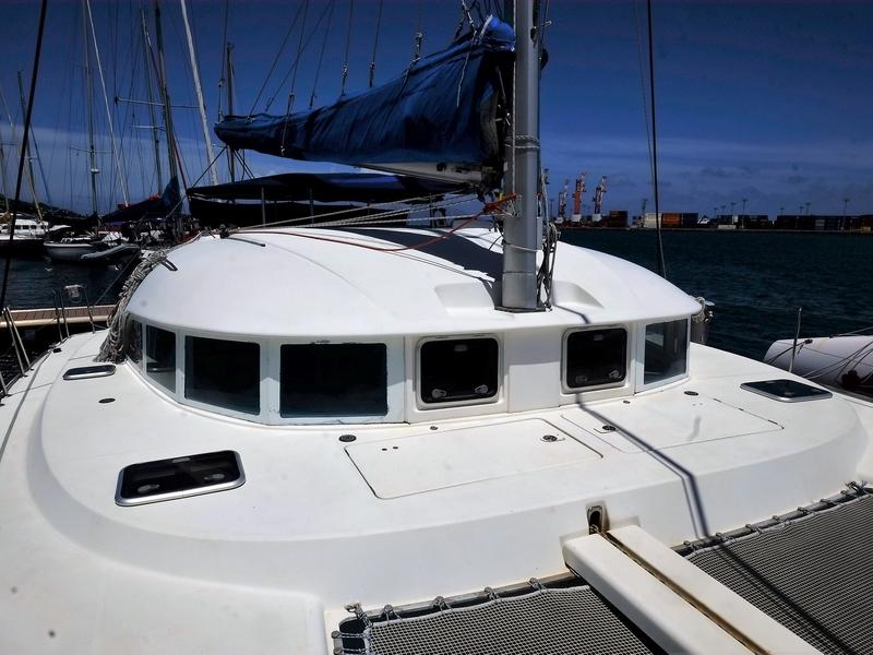 Lagoon 380 4-cabin version for sale in Tahiti