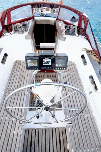 Ovni 39 Aluminium sailboat for sale in Tahiti