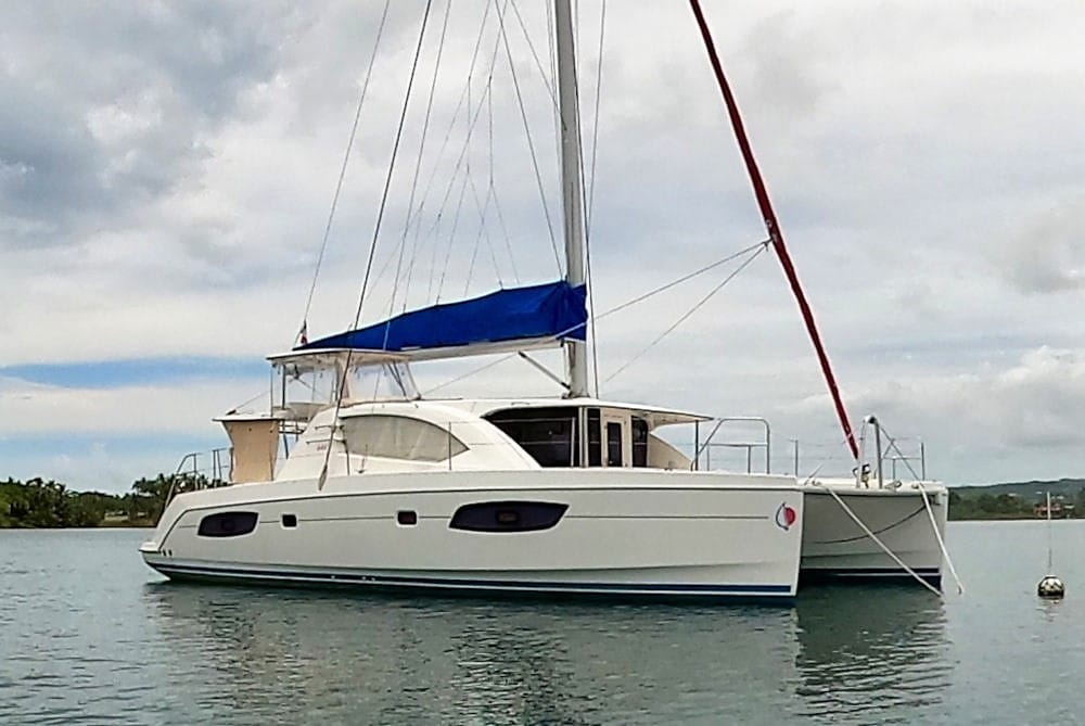Leopard 44 cruising catamaran for sale in Tahiti