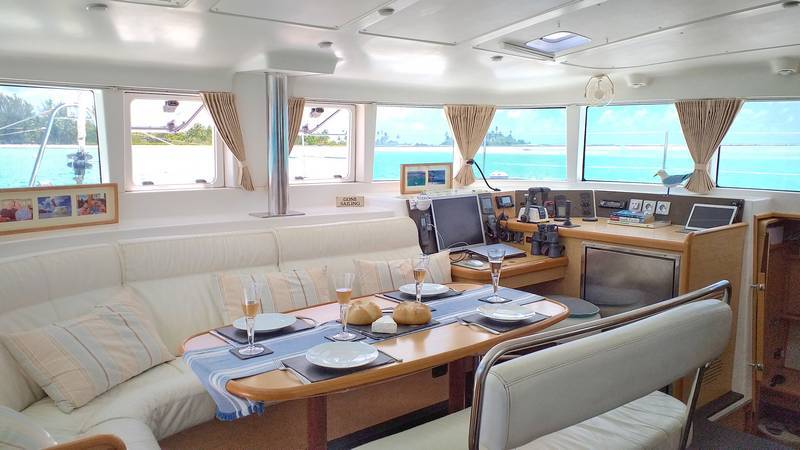 Lagoon 440 owners version for sale in Tahiti