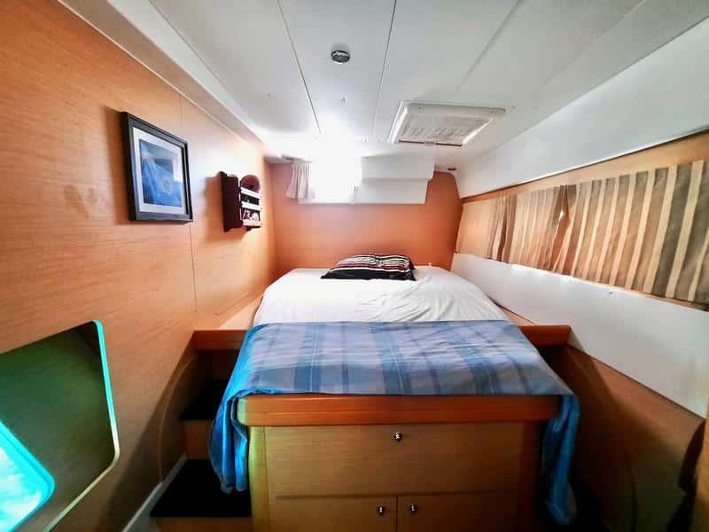 Lagoon 420 catamaran owners version